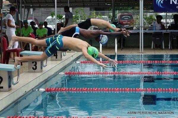 Natation compétition piscine Michel NERON ASRM Pervenches