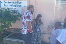 Les agents du service psychiatrique du Centre hospitalier de Mayotte veulent des renforts humains pour faire face à la charge de travail à laquelle ils sont confrontés.