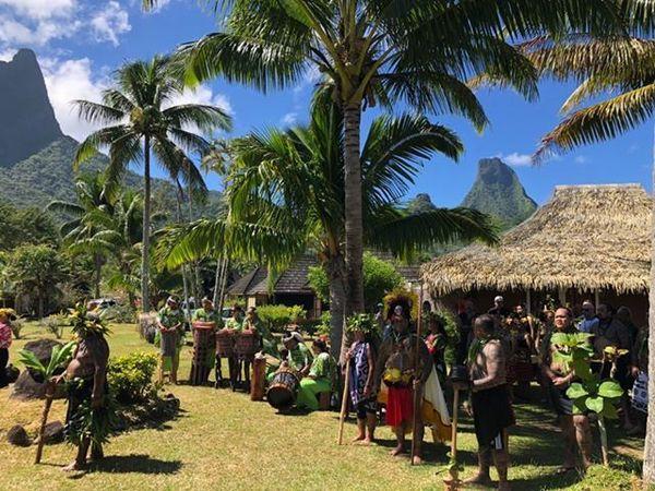 Cérémonie d'ouverture du festival du tatouage de Moorea