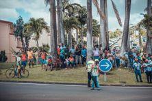 Population pendant le tour cycliste en Martinique (11 juillet 2019).