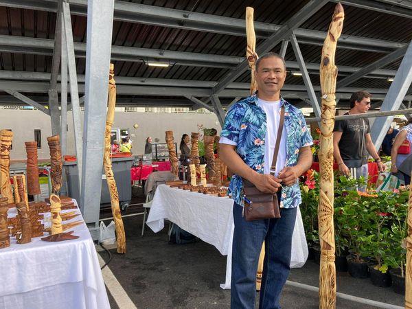 Premier marché aux halles de Dumbéa centre, samedi 17 juillet 2021, artisanat, sculptures en bois