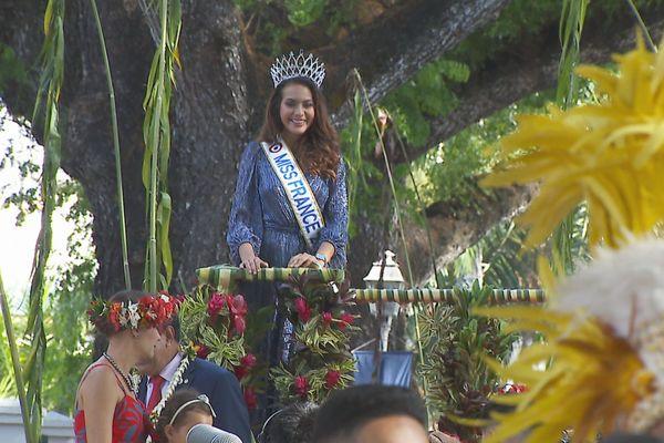 Vaimalama Chaves / Miss France