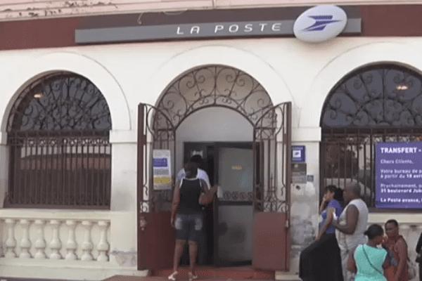 fermeture bureau de poste Cépérou