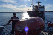 Militaire du Fulmar, patrouilleur de la marine nationale, basé à Saint-Pierre et Miquelon, durant l'opération Argus 2021.
