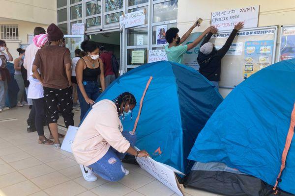 Manifestation étudiants accès aux soins