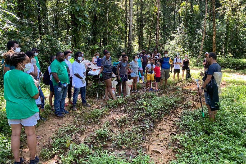 Un mayouri nettoyage à Fourgassier - Guyane la 1ère