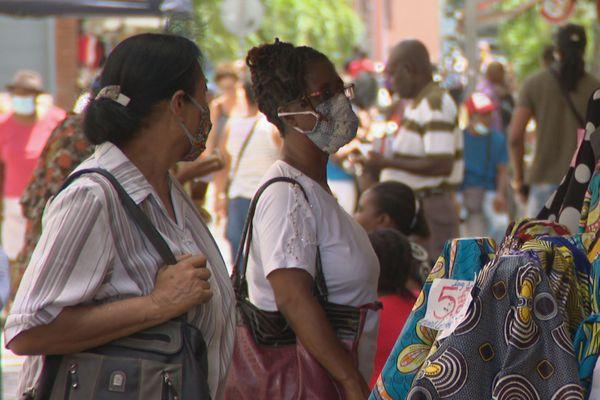 Masques dans les rues