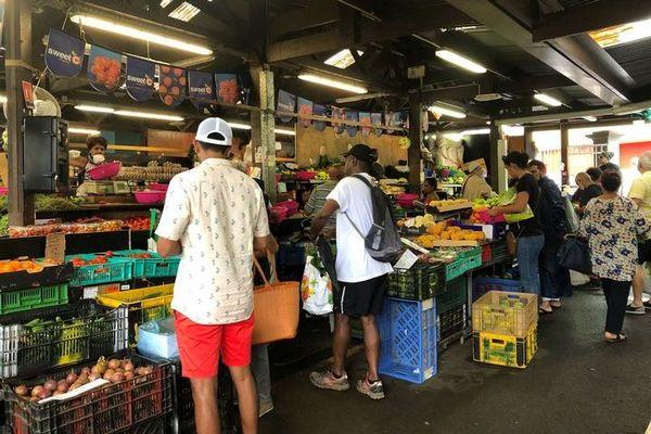Covid-19 - petit marché avant fermeture