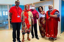 Anliat Boina Issa (à droite) a toujours été disponible envers ses collègues pour leur faire partager son expérience.