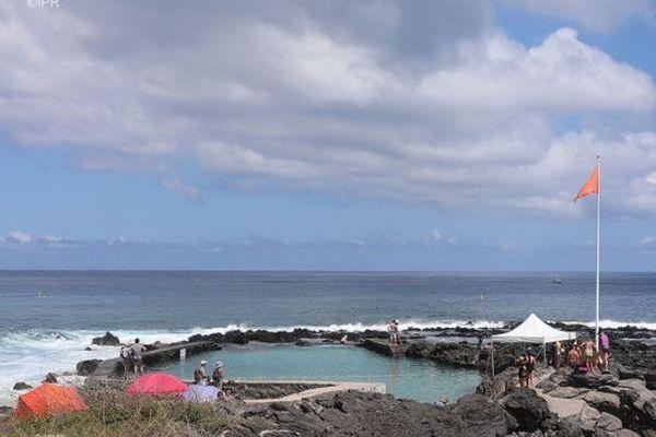 Baignade et activités nautiques interdites à Boucan Canot à cause de la houle