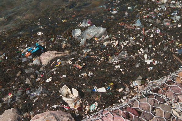 déchets hospitaliers île aux marins