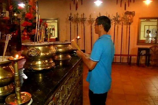 Nouvel an Chinois à La Réunion : intérieur d'un temple