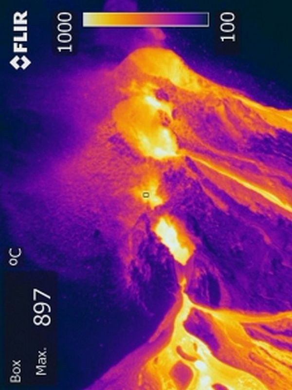 Image thermique de l'éruption 13 août 2019