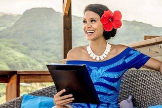 Hinarere Taputu Miss Tahiti