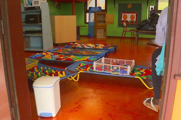 Salle de classe maternelle à l'école Augustine Duchange à Roura
