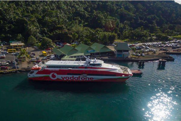 Des navettes entre Tahiti, Moorea et les îles sous le vent