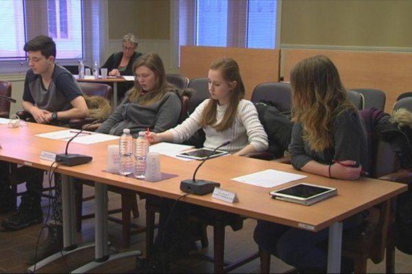 Séance officielle du Conseil territorial des jeunes