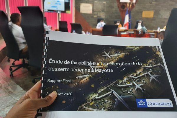 Comment améliorer la desserte aérienne à Mayotte ?