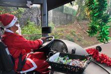 Pascal Sautron, chauffeur de bus, se déguise tous les ans en Père Noël pour la dernière tournée de l'année