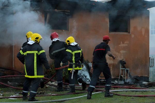 Incendie dans le quartier Bac à Ducos