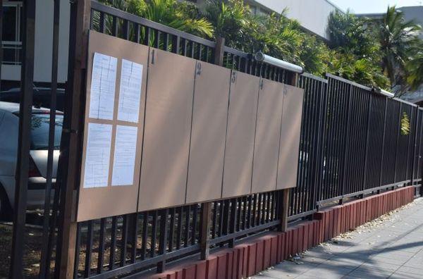 Panneaux électoraux Nouméa