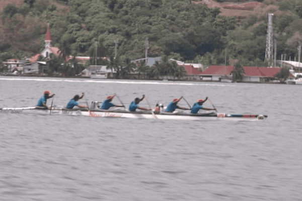Marara Hoe / team Tupuai