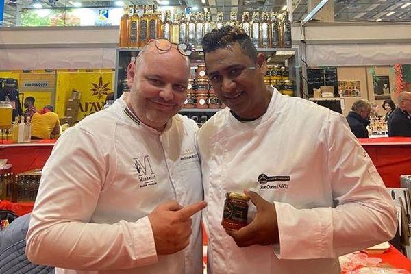 Charles Nagou en compagnie du Chef Jean-Christophe Michelet Maison Française, champion du monde de Confiture,