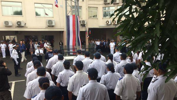 Photo cérémonie hommage policiers morts pour la France Nouméa (18 mai 2017)