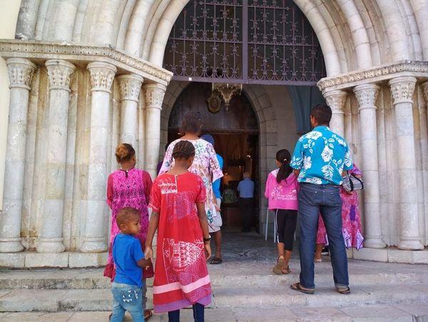 Messe cathédrale de Nouméa