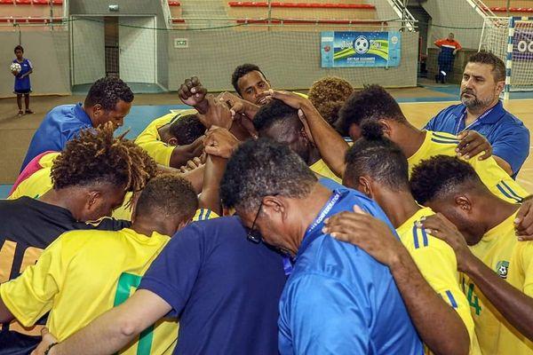 Futsal Salomon