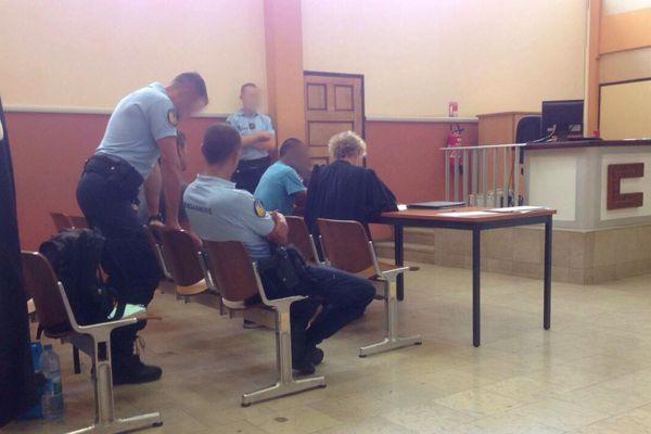 "Le ""junky"" au tribunal"