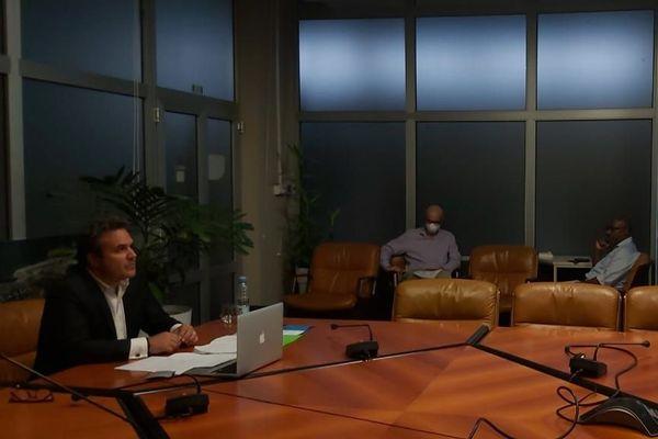 Cornonavirus : Didier Robert demande 350 millions d'euros à l'Etat pour relancer l'économie locale