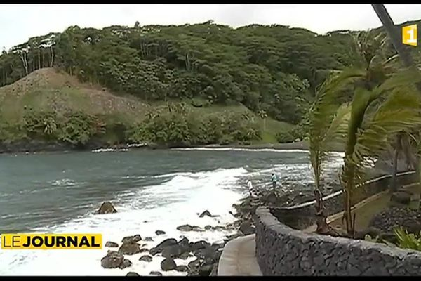 Le tour de l'île de Tahiti fait il toujours rêver les touristes ?