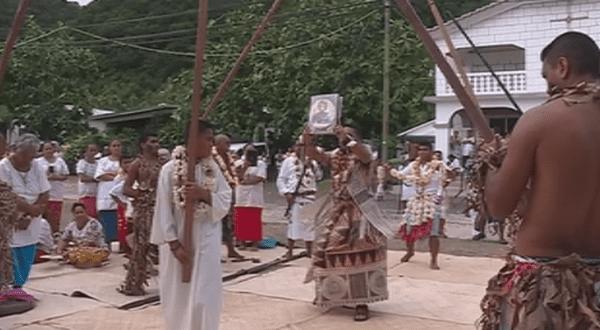 célébration des 180 ans de l'arrivée de Saint-Pierre Chanel à Leava