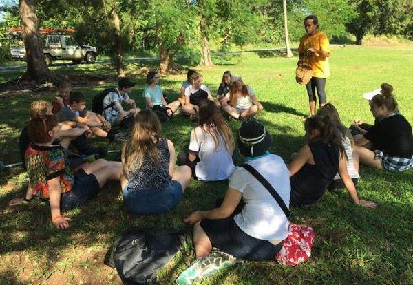 Photo visite lycéens nouvelle-zélande à Poindimié (26 avril 2017)