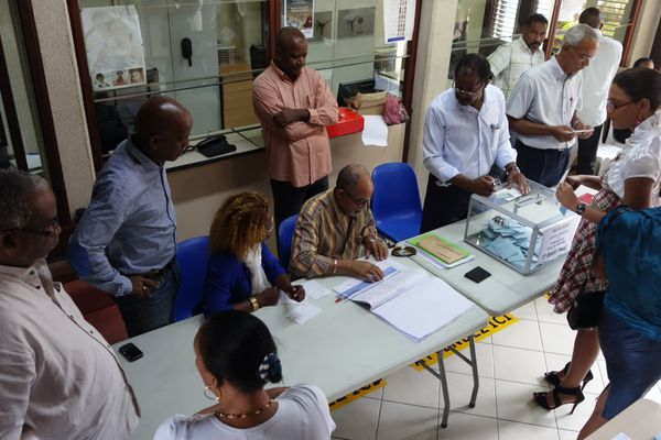 bureau de vote Ducos