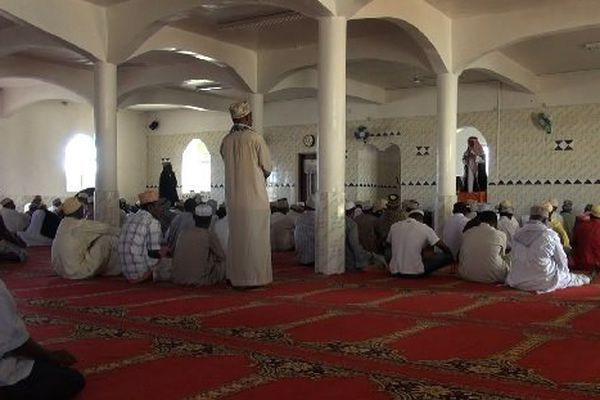 Victorin Lurel condamne fermement la profanation de la mosquée.