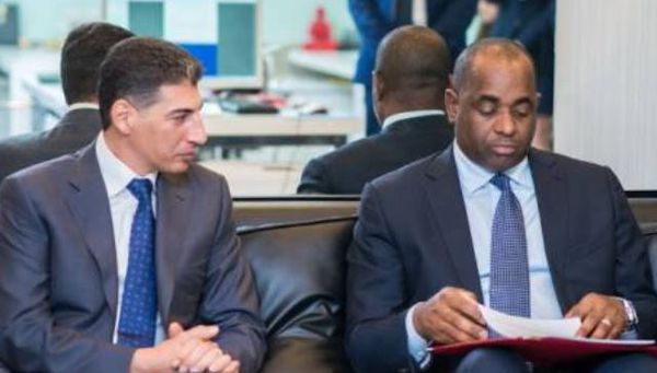 Roosevelt Skerrit avec Ali Reza Monfared