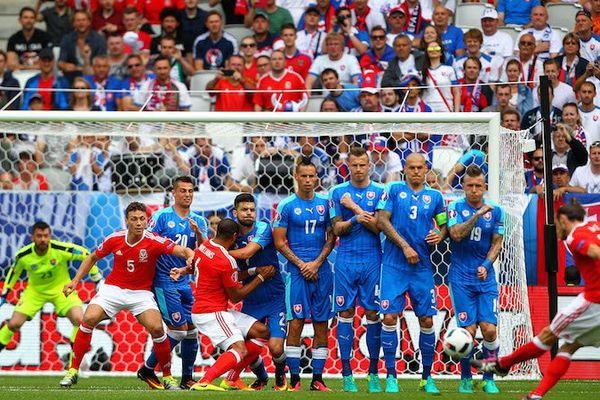 Gareth Bale contre la Slovaquie