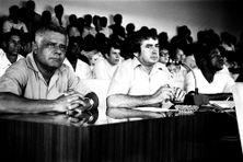Photo de Gilbert Drayton (à gauche), publiée sur le site de l'USOENC à l'occasion des 50 ans du syndicat