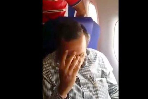 Harceleur indien humilié avion