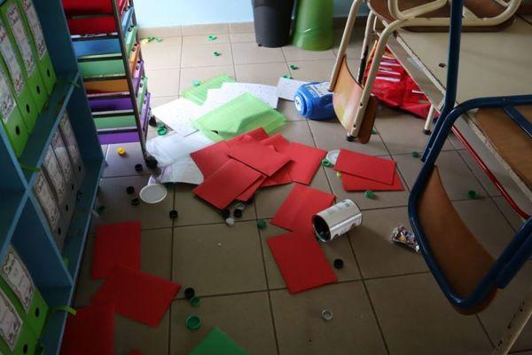 école saccagée