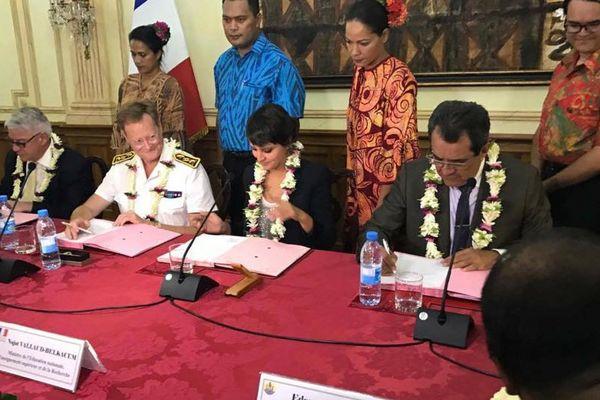 Moment fort de la visite de la ministre NajatVallaudBelkacem en Polynésie française