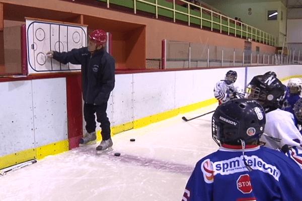 entraineur hockey mineur