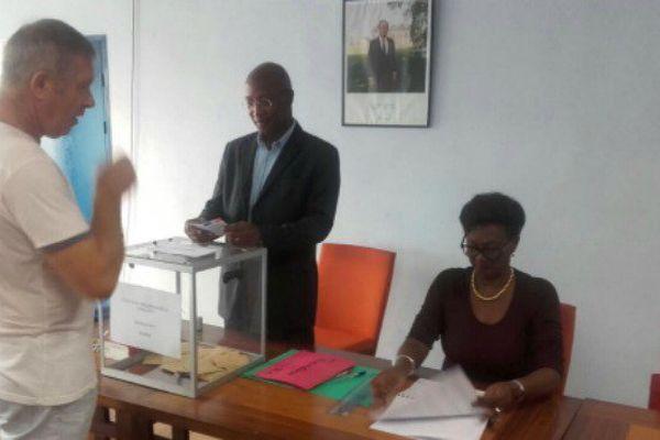 Bureau de vote de Matoury.