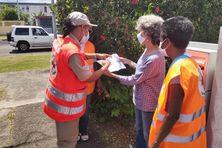 Les bénévoles de la Croix-Rouge au cours des actions de proximité déployées sur l'ensemble du territoire de la Martinique