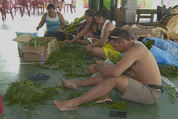 Préparation des groupes des îles