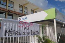 Grève illimitée au Grand Port Maritime du dégrad des cannes