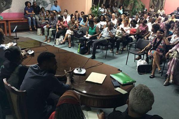 conférence débat CHUM réunion