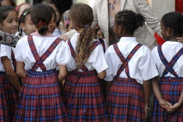 Écolières de Saint-Joseph de Cluny en Martinique